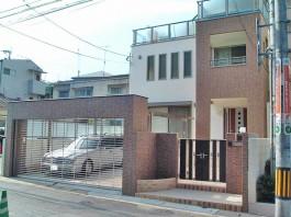 福岡県 S様邸 ガレージ・シャッター施工例