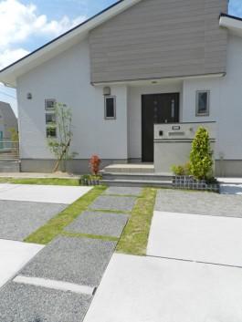 福岡県久留米市 S様邸 新築外構 玄関アプローチ デザイン