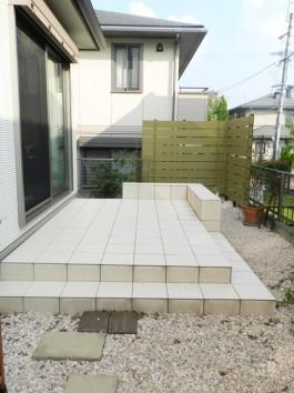 福岡県小郡市 I様邸 タイルテラス 目隠しフェンス ガーデン ガーデニング デザイン