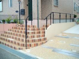 福岡県福岡市博多区 H様邸 新築外構 門まわり 階段 玄関 手すり 手摺 施工例 デザイン