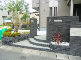 福岡県古賀市 M様邸 新築外構 門まわり アプローチ 施工例 デザイン