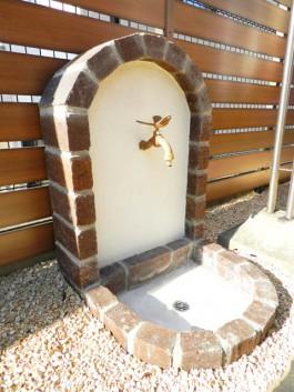 福岡県福津市 K様邸 立水栓 ウォーター 施工例 デザイン レンガ 蛇口 ガーデン