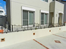 福岡県福岡市城南区 H様邸 フェンス アイアン 鋳物 飾り 可愛い 施工例 デザイン