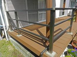 福岡県太宰府市T様邸ウッドデッキとテラスの外構工事施工例。