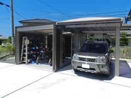 福岡県福津市ガレージ・シャッターとカーポートを連結させたエクステリアデザイン工事。