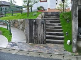 福岡県小郡市K様邸新築外構のデザイン例。ナチュラル・モダン・カントリーなデザイン。