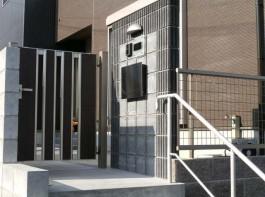 福岡県福岡市南区K様邸新築外構のデザイン例。スタイリッシュでモダンなエクステリア。