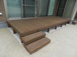 福岡県福津市T様邸ウッドデッキのあるガーデンデザイン例。