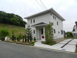 福岡県宗像市F様邸新築外構とガーデン工事のデザイン例。ナチュラルおしゃれ。
