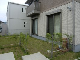 福岡県宗像市のウッドデッキ+テラス・屋根エクステリア工事前。おしゃれで便利なお庭へ。