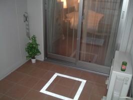 福岡県福岡市早良区のマンションのベランダをおしゃれなガーデンへリフォームする前。