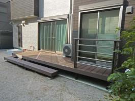 福岡県大野城市のウッドデッキがあるお庭・ガーデン工事。家族で和むナチュラルガーデン