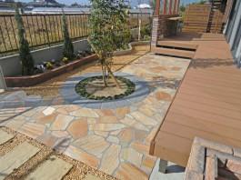 福岡県大牟田市の庭・ガーデンリフォーム工事。デッキとココマでマイホームガーデンへ。