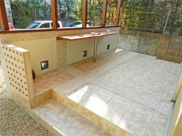 福岡県春日市のガーデンルーム・ココマを付けたおしゃれな庭・ガーデン・ガーデニング工事