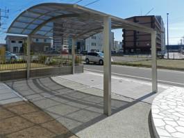 福岡県糟屋郡新宮町のカーポート・車庫・駐車場のリフォーム工事。便利な駐車場屋根。