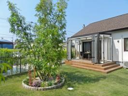 福岡県春日市の庭・ガーデンにガーデンルームを施工した例。家族の癒しガーデンへ!