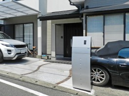 福岡県福岡市南区の三協アルミ製カーポート4G(フォーグ)と機能門柱スティム工事。