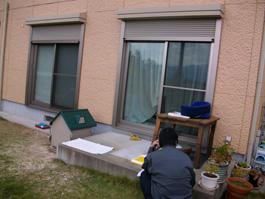福岡県糸島市にてお庭にわんちゃんと過ごす屋根や扉・窓で囲ったお部屋を作りました。