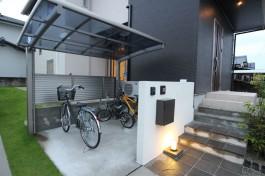 大切な自転車を守るサイクルポート