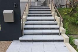 福岡県春日市 O様邸 玄関アプローチ施工例(新築)