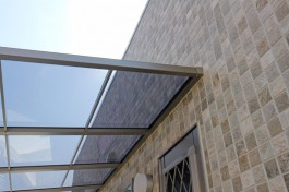 福津市T様邸にて、テラス屋根を施工しました