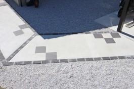 筑紫野市N様邸のアプローチを施工しました